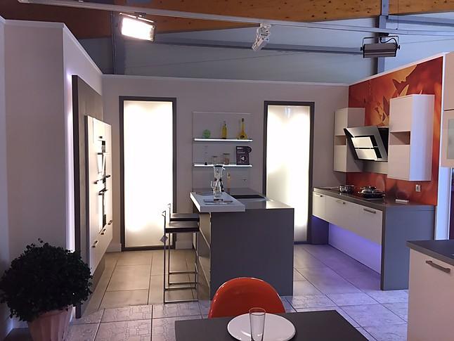 Zu Unseren Musterküchen. U2022 Creativ Küchen Design ...